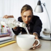 employee drinking, drinking at work, substance abuse in the workplace